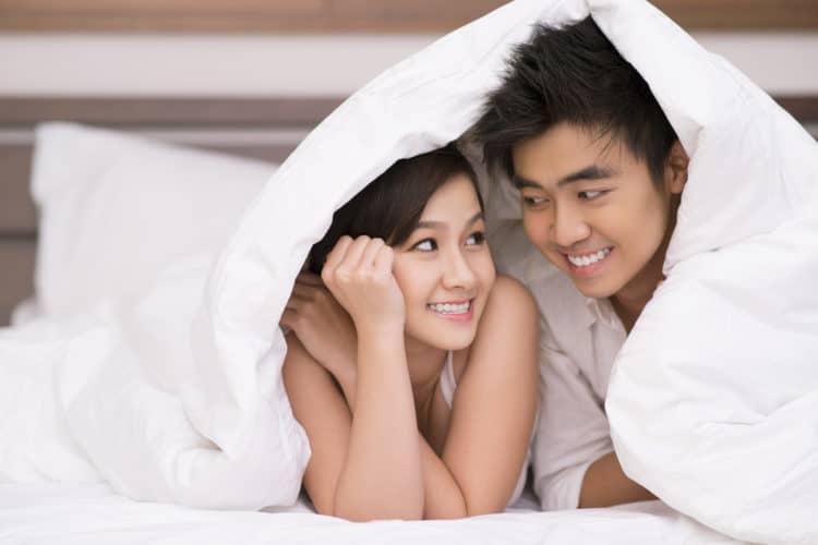 20180406211423 3319538 cung bac tinh cam vo chong trai qua 2 - 6 giai đoạn tình dục bắt buộc cặp vợ chồng nào cũng đều phải trải qua