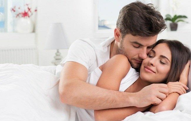 20180406211423 9889995 cung bac tinh cam vo chong trai qua 1 - 6 giai đoạn tình dục bắt buộc cặp vợ chồng nào cũng đều phải trải qua