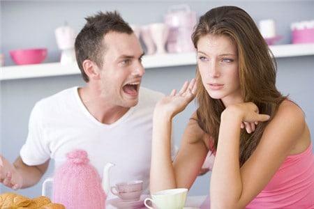 20180525204946 9880843 di tim nguyen nhan khien chong chan vo1 - 11 dấu hiệu chứng tỏ chồng đã ngán vợ đến tận cổ, chỉ muốn ly hôn