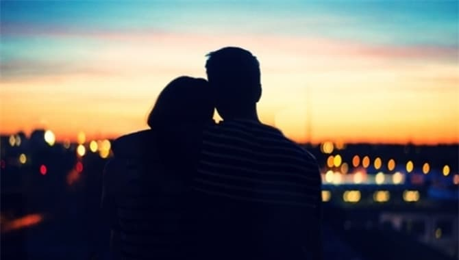 20180629084531 5219753 quay lai nguoi yeu cu 2 - Có nên và làm sao để quay lại với người yêu cũ sau khi chia tay khi vẫn còn tình cảm?