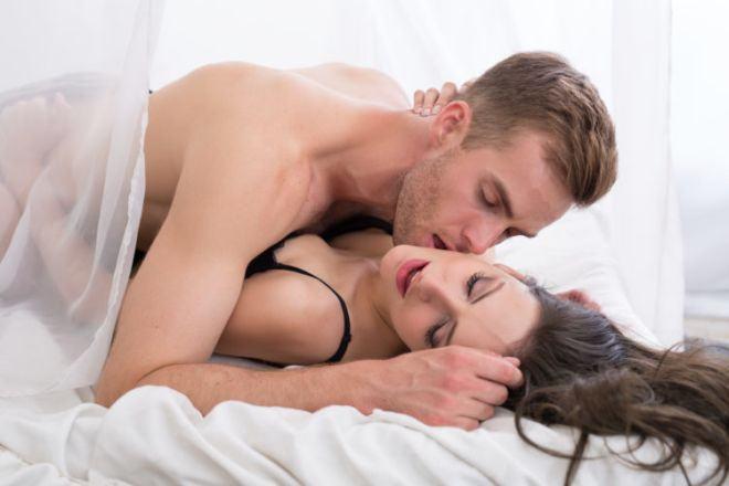 20180709214642 5950892 y nghia nu hon sat gai - Ý nghĩa của nụ hôn môi cho biết tính cách của chàng là người đàn ông như thế nào?