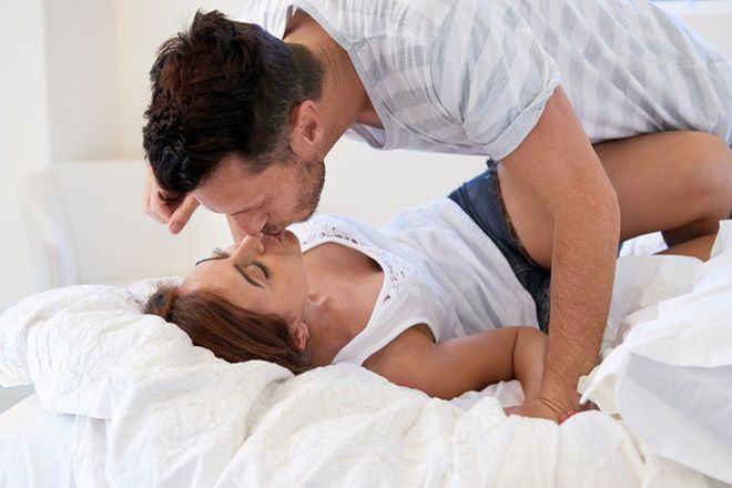 20180709214730 5322856 y nghia nu hon nghich ngom - Ý nghĩa của nụ hôn môi cho biết tính cách của chàng là người đàn ông như thế nào?