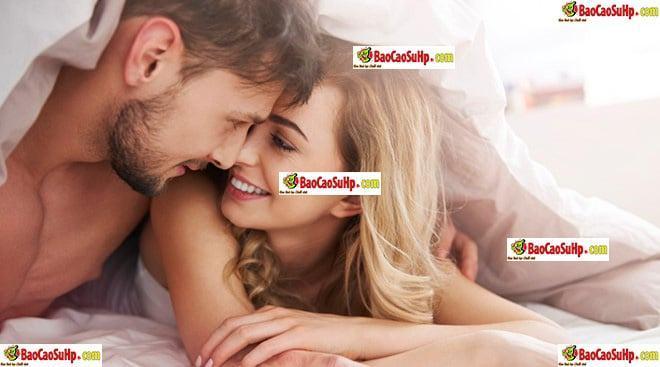 20180810194548 2575059 dich yeu gel boi tron bao hieu hung phan tinh duc 1 - Dịch yêu của vợ là tín hiệu của khoái cảm tình dục đúng hay không