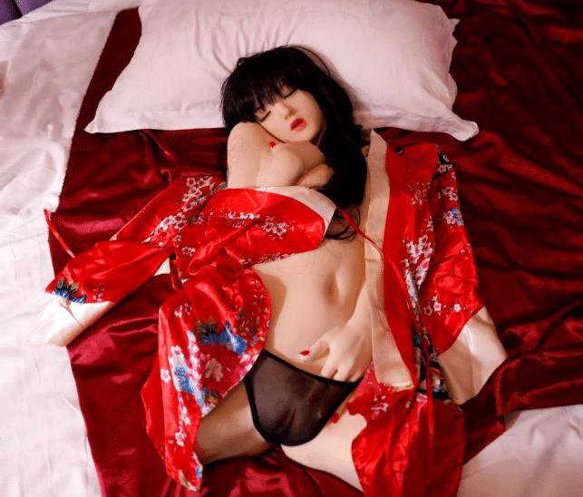 20191225112248 3289696 bup be tinh duc cong chua ngu trong rung 1 1 - Búp bê tình dục cao cấp mới ra mắt năm 2020