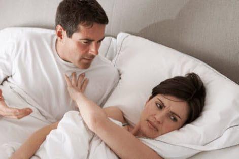 bi dau khi quan he - Tại sao khi quan hệ bạn gái lại kêu đau